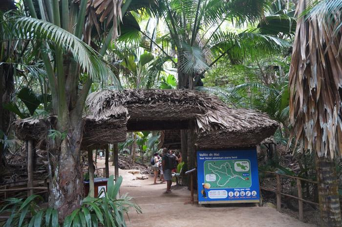 Eingang zum Naturpark auf den Seychellen